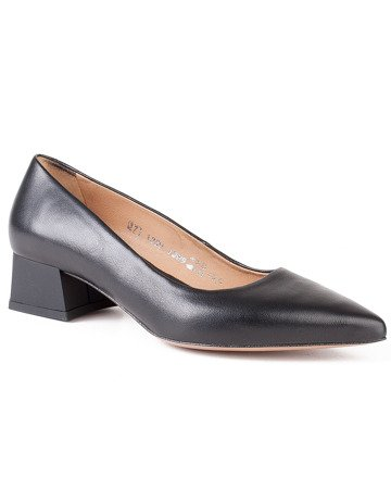 Black pumps Low-heeled Italian style