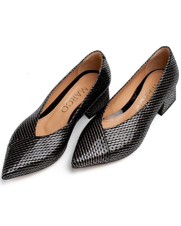 Pumps black with unprecedented skin striped